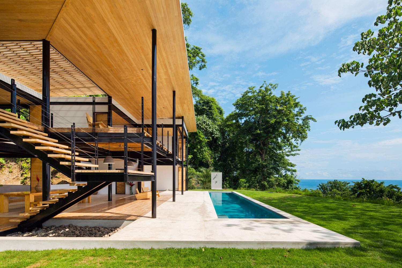 Дом-терраса с видом на океан и джунгли в Коста-Рика