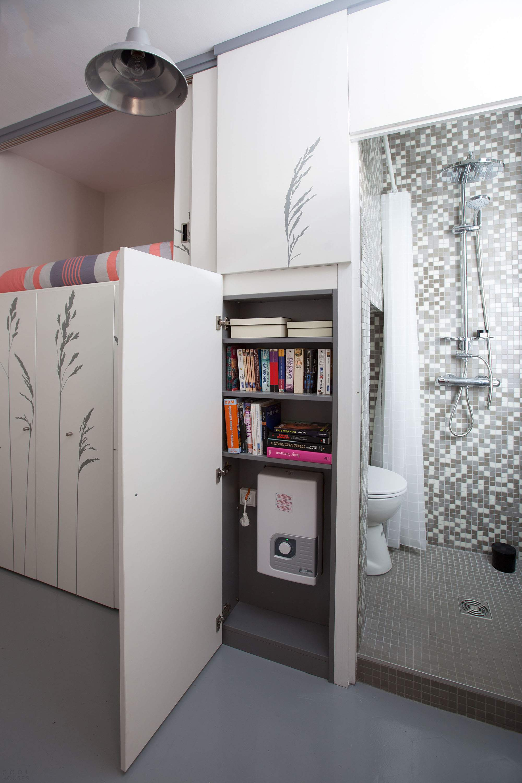 Очень маленькая квартира в Париже