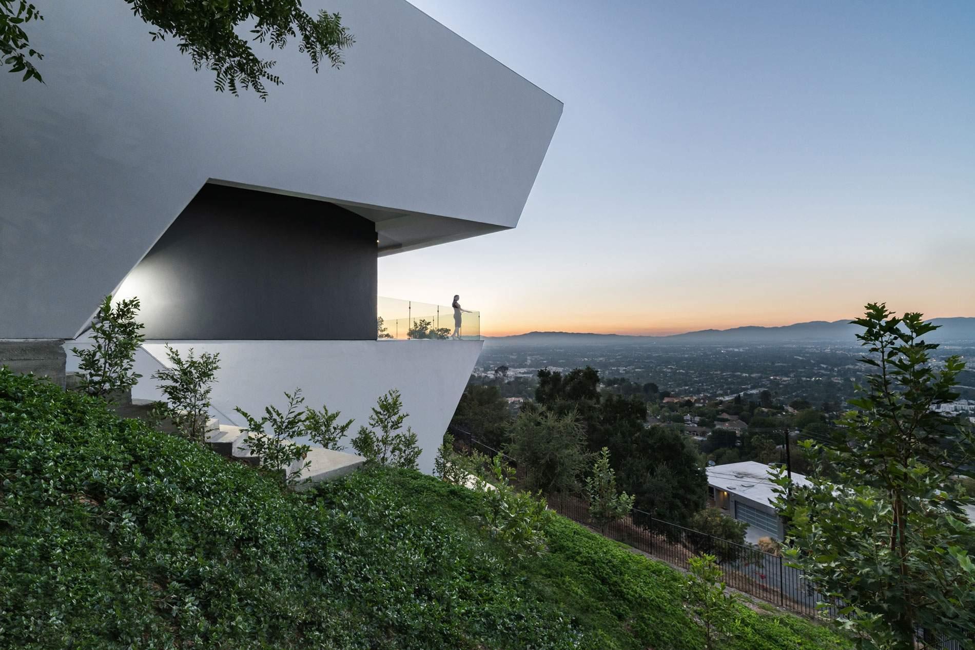 Престижная вилла в богатом районе Лос-Анджелеса