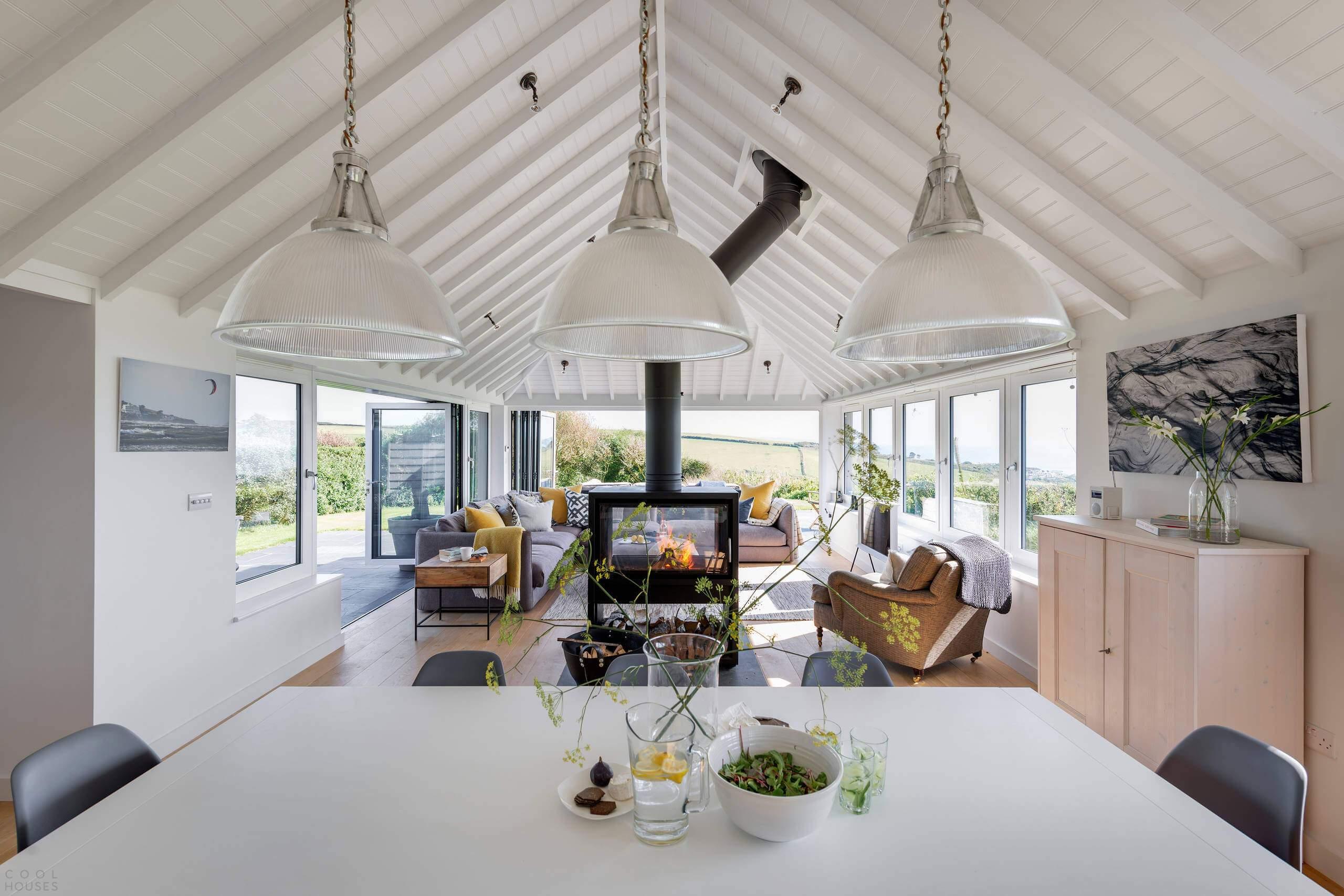 Стильный прибрежный дом в Англии