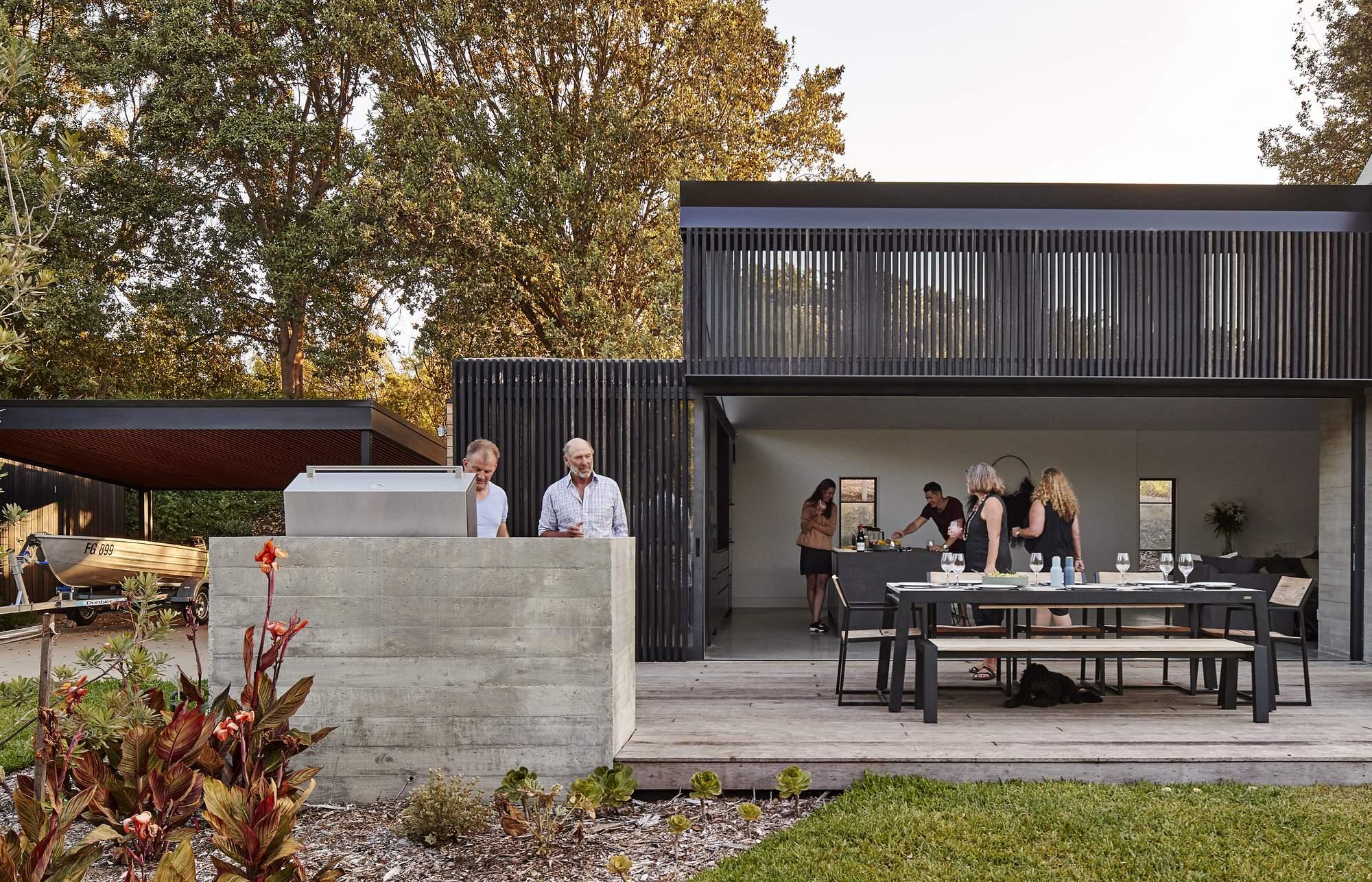 «Дом первых уроков» архитектора Ray Dinh, Австралия