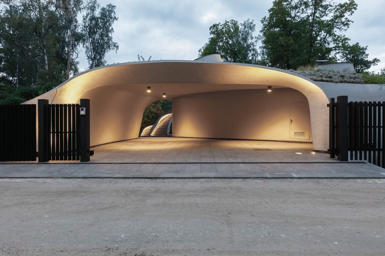 Футуристическая резиденция в искусственном ландшафте, Россия