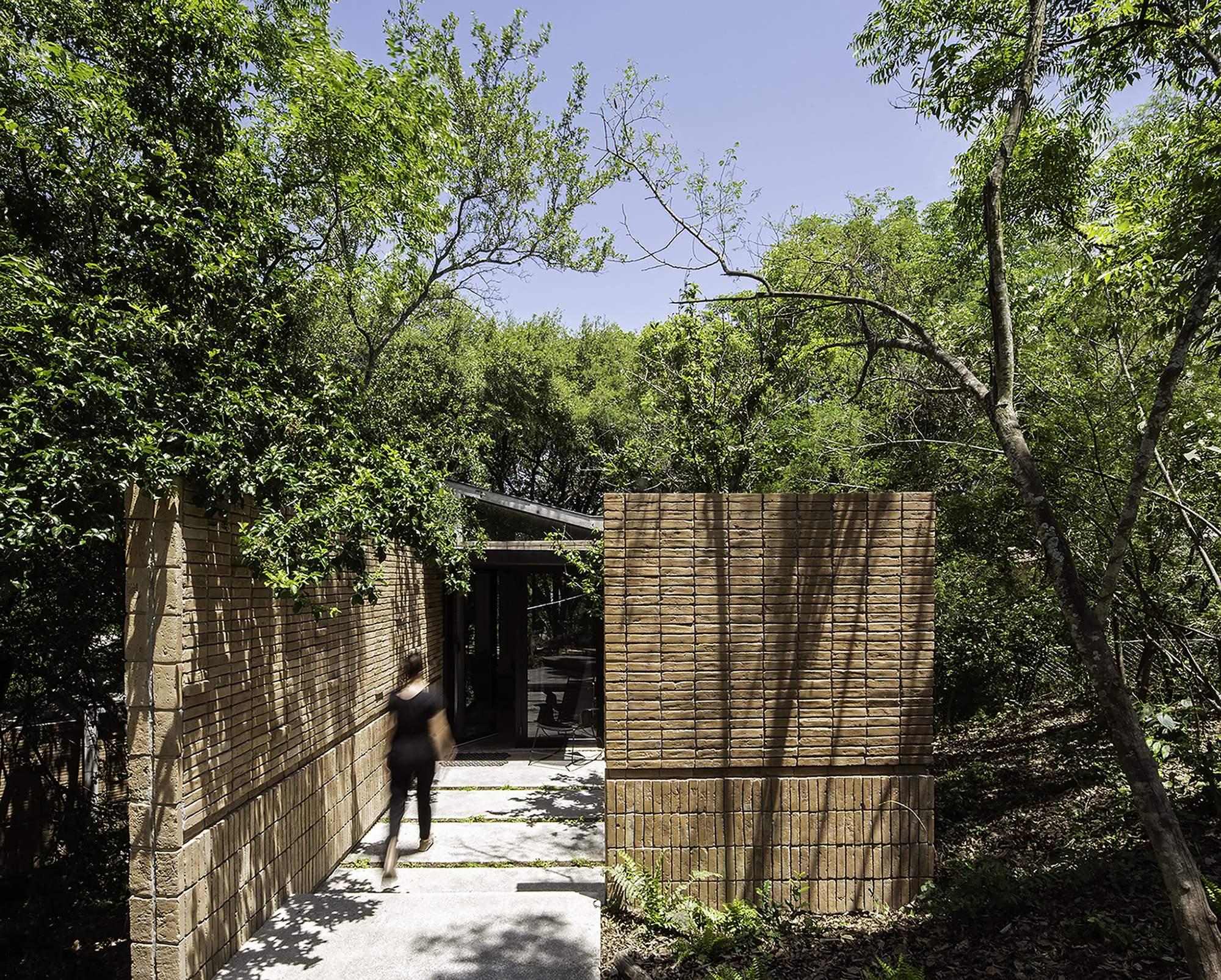 Лесной дом из стеклянных павильонов, Мексика