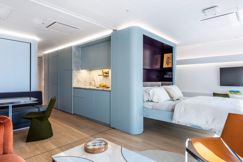 Модернистский сьют на борту круизного лайнера от Michael K Chen Architecture