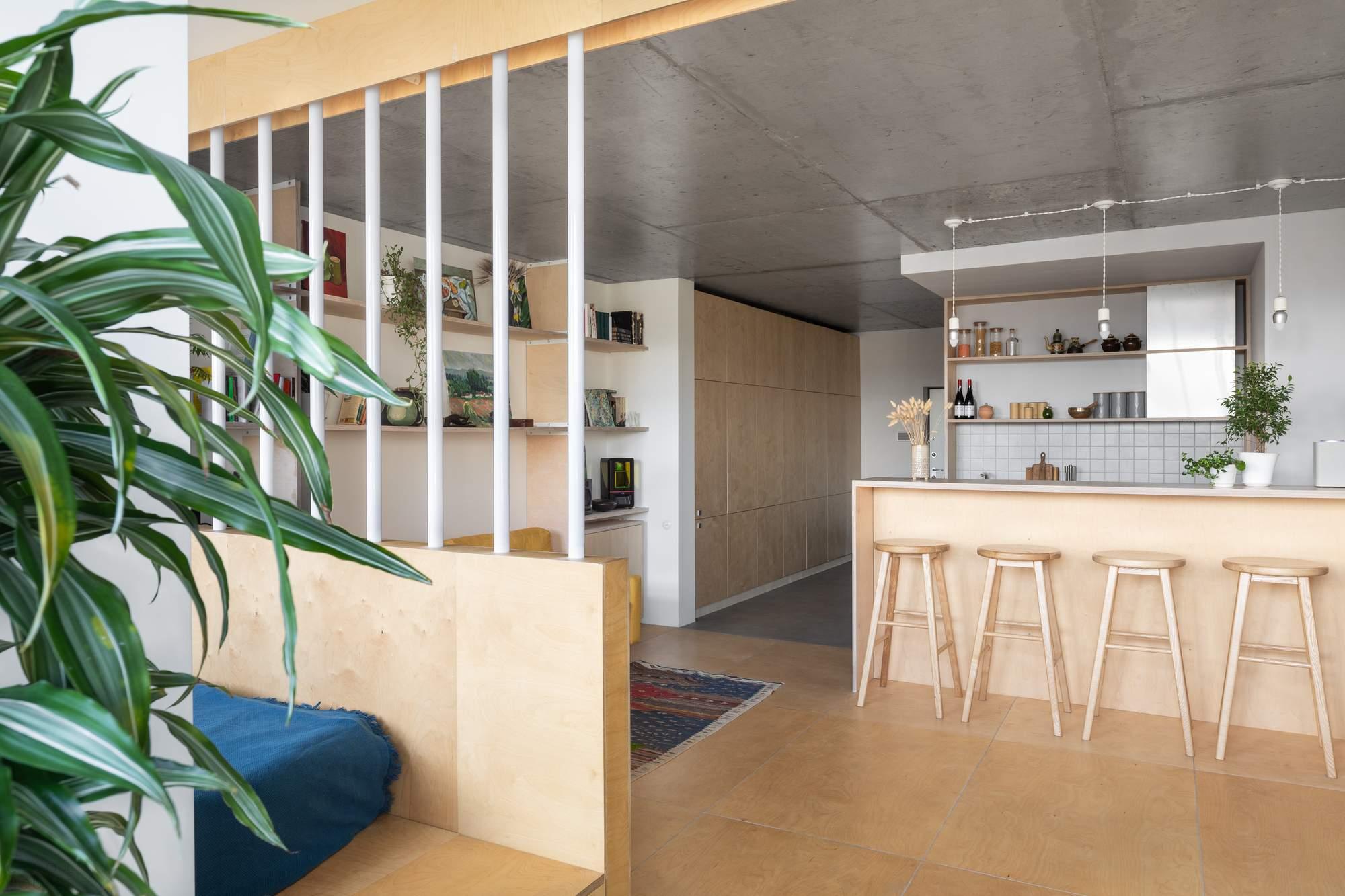 Небольшая московская квартира с элегантным уютным дизайном, Россия