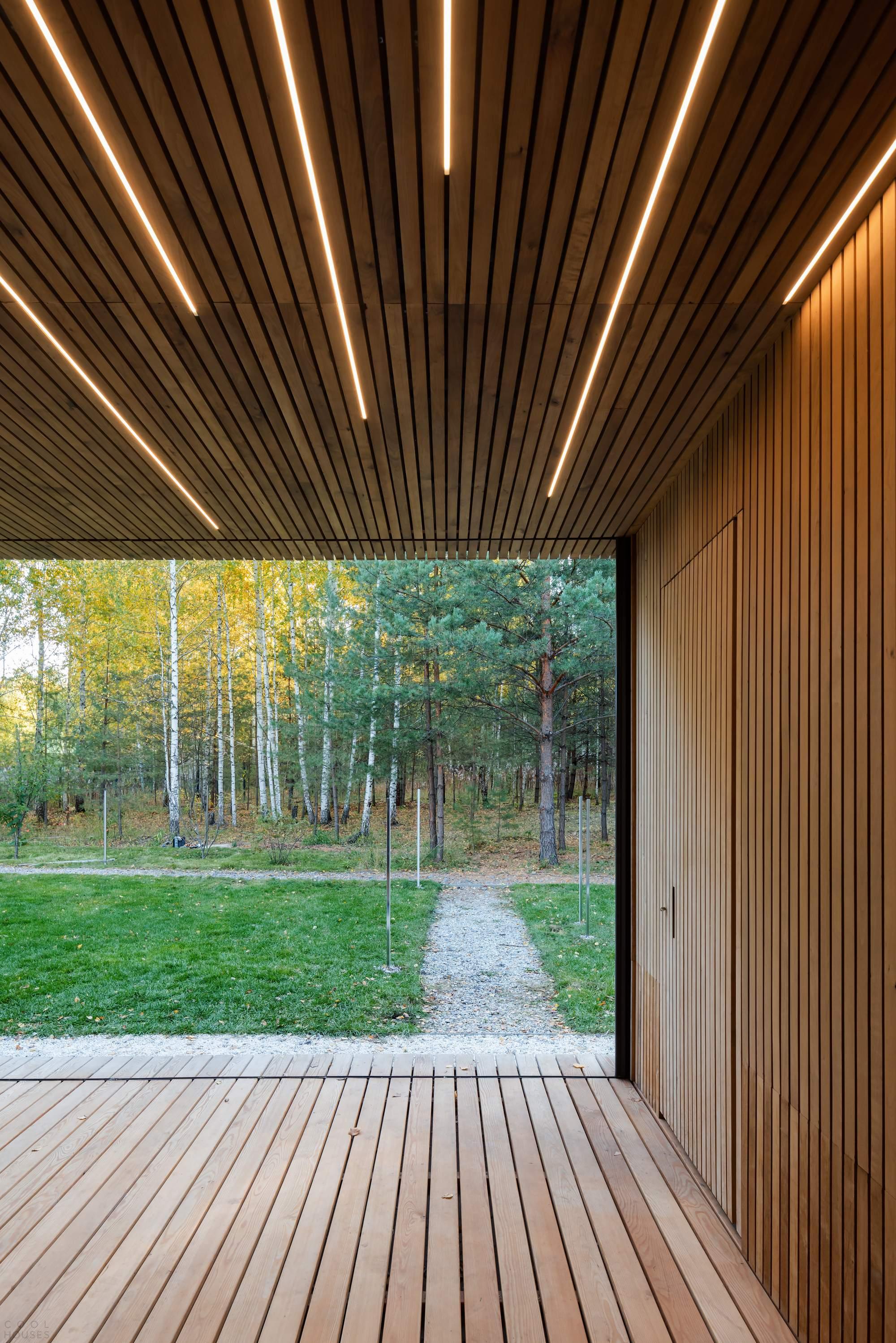 Ретритный деревянный дом в Сибири, Россия