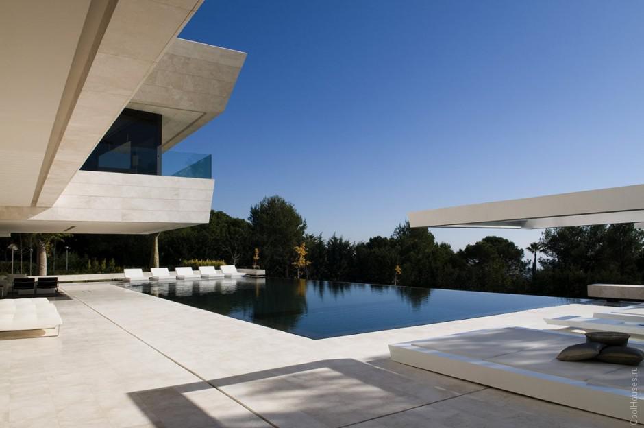 Современная вилла в Испании от A-cero