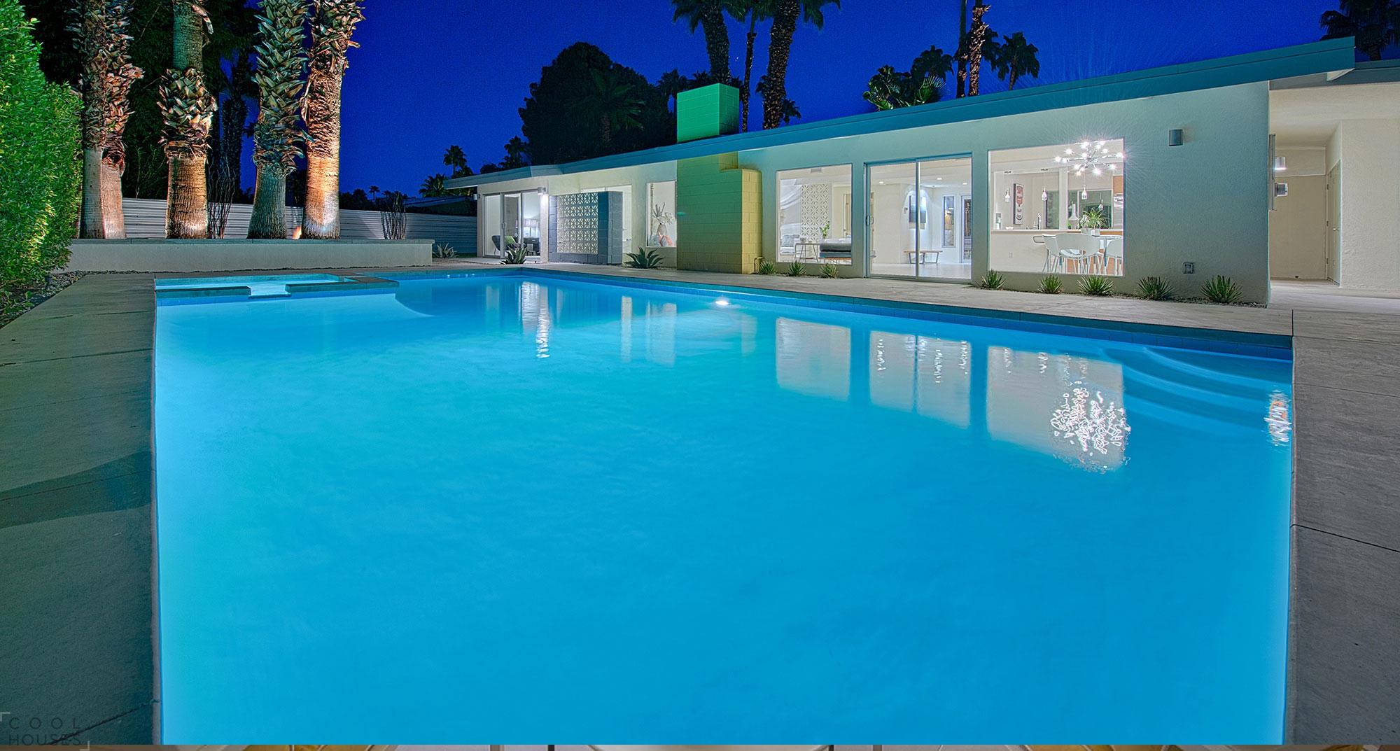 Великолепная вилла с большим бассейном, Калифорния