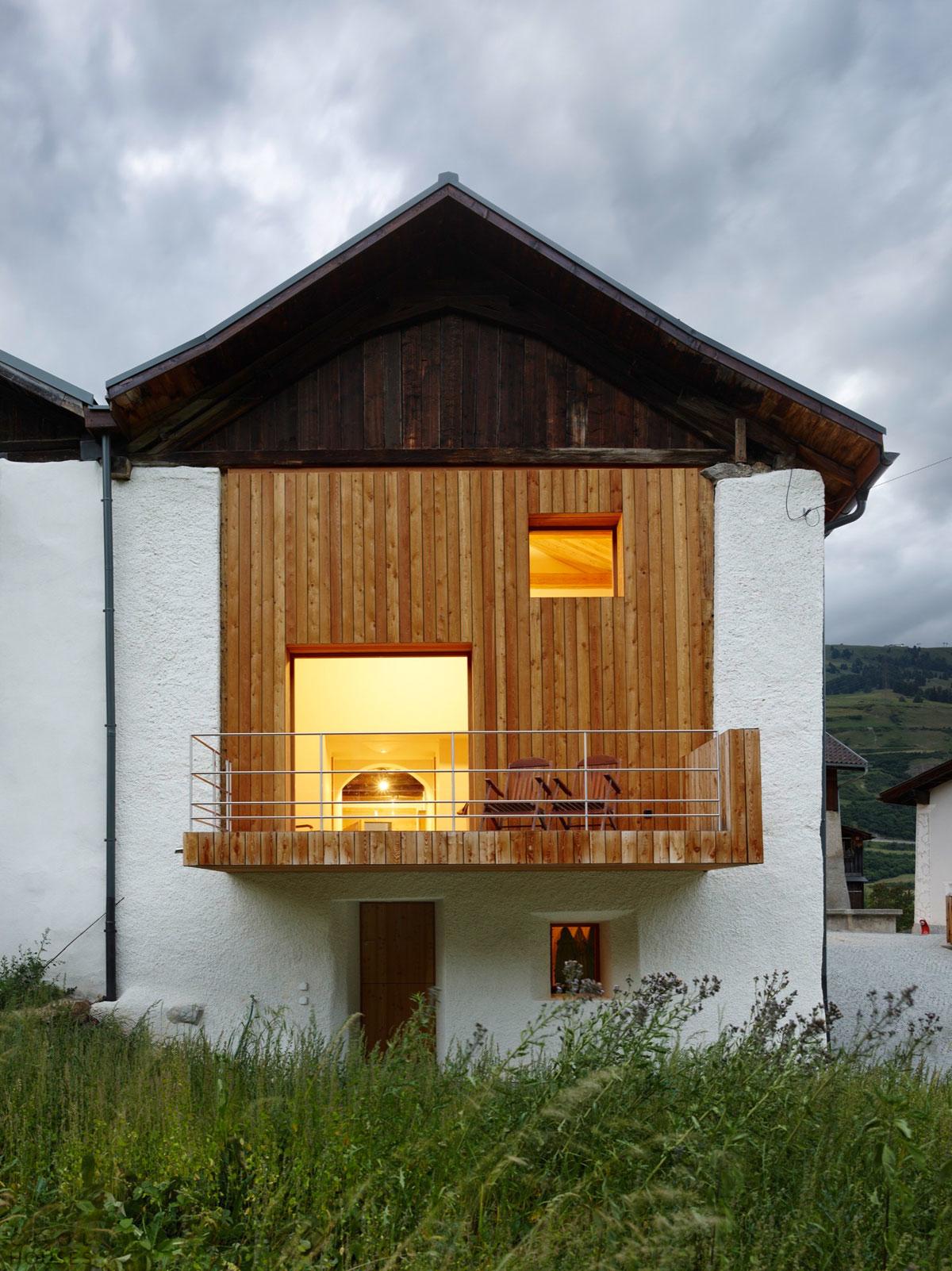 Уютный загородный домик Florins 114 в Швейцарии