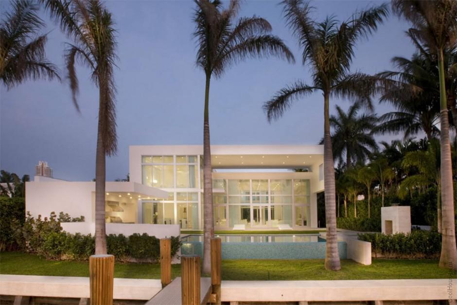 Роскошная солнечная вилла в Майами