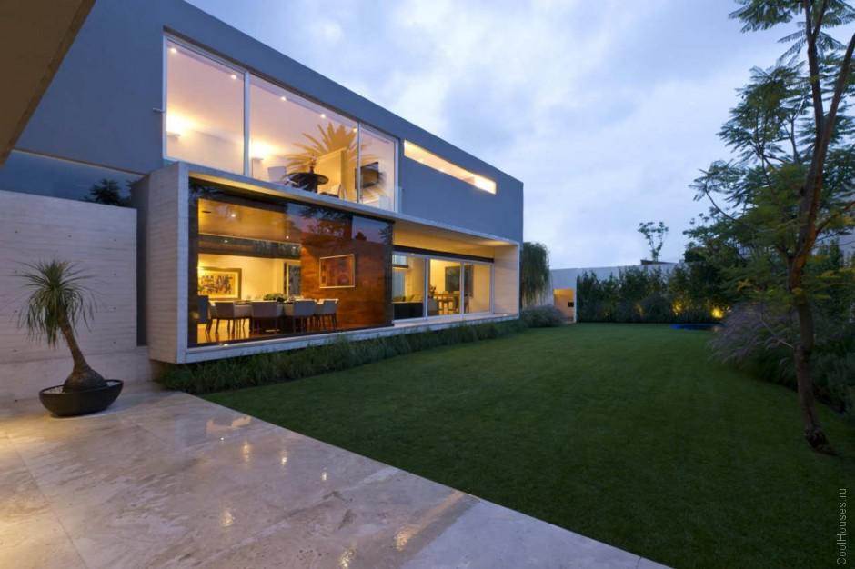 Современная резиденция в Мехико
