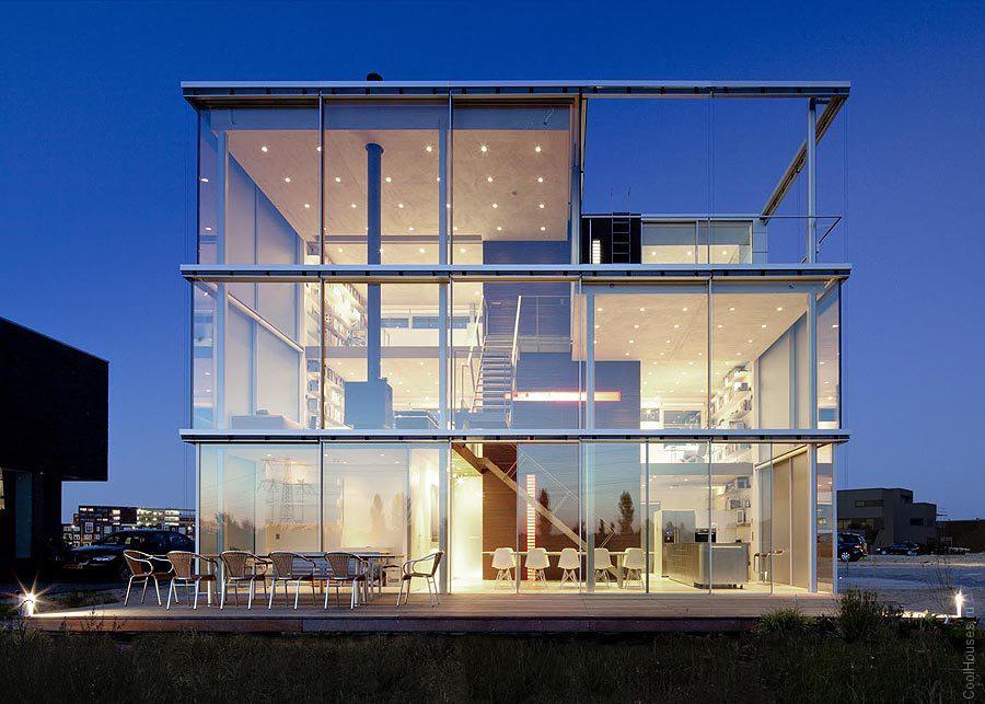 Дом-куб в Амстердаме