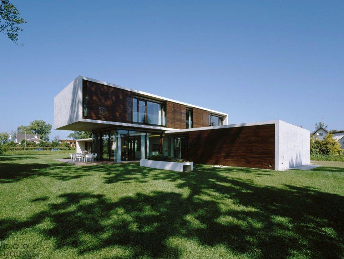 Не похожий на соседей: современный загородный дом в Австрии