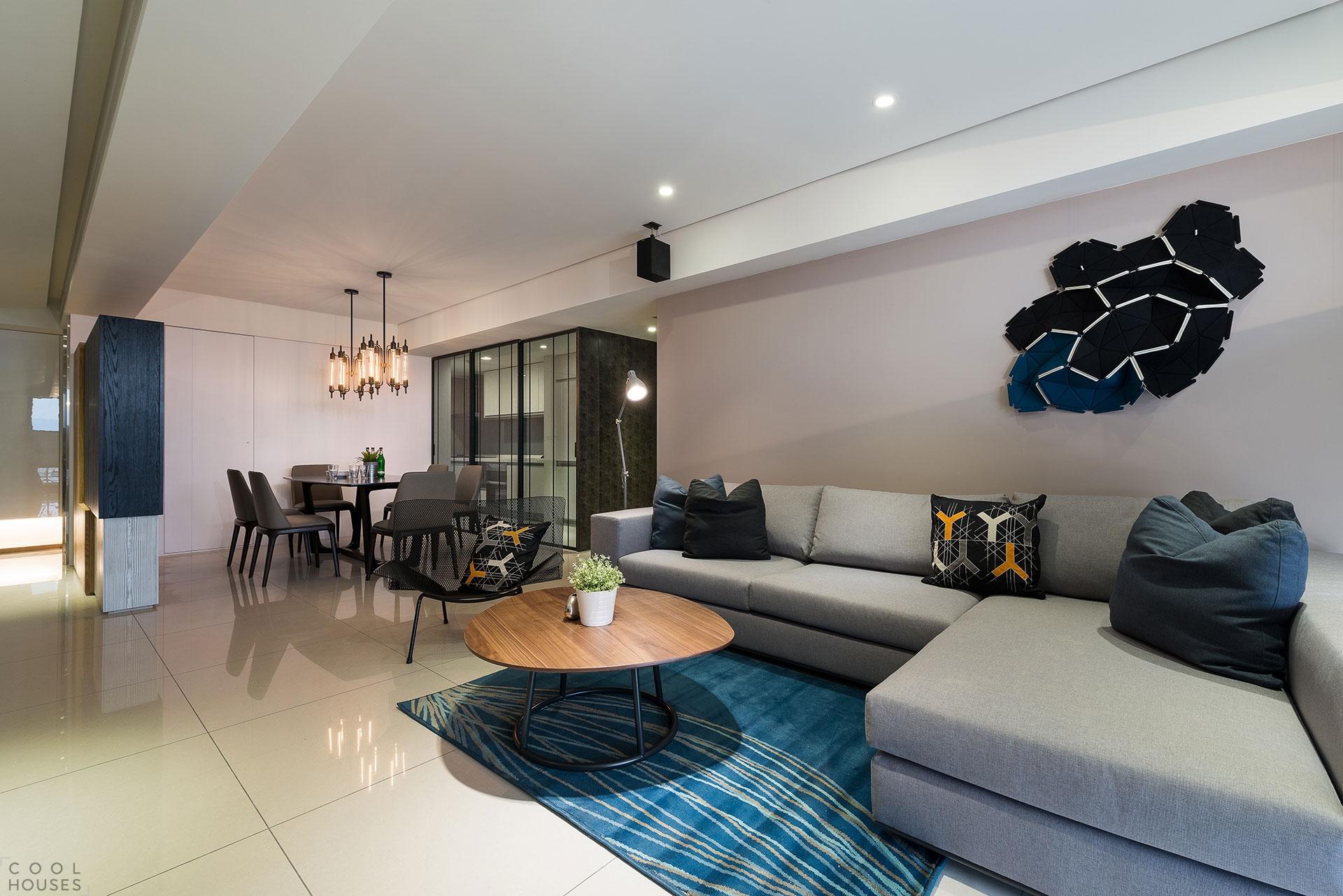Стильная квартира по проекту архитектурной студии White Interior Design