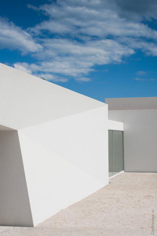 Модерн дом в Португалии