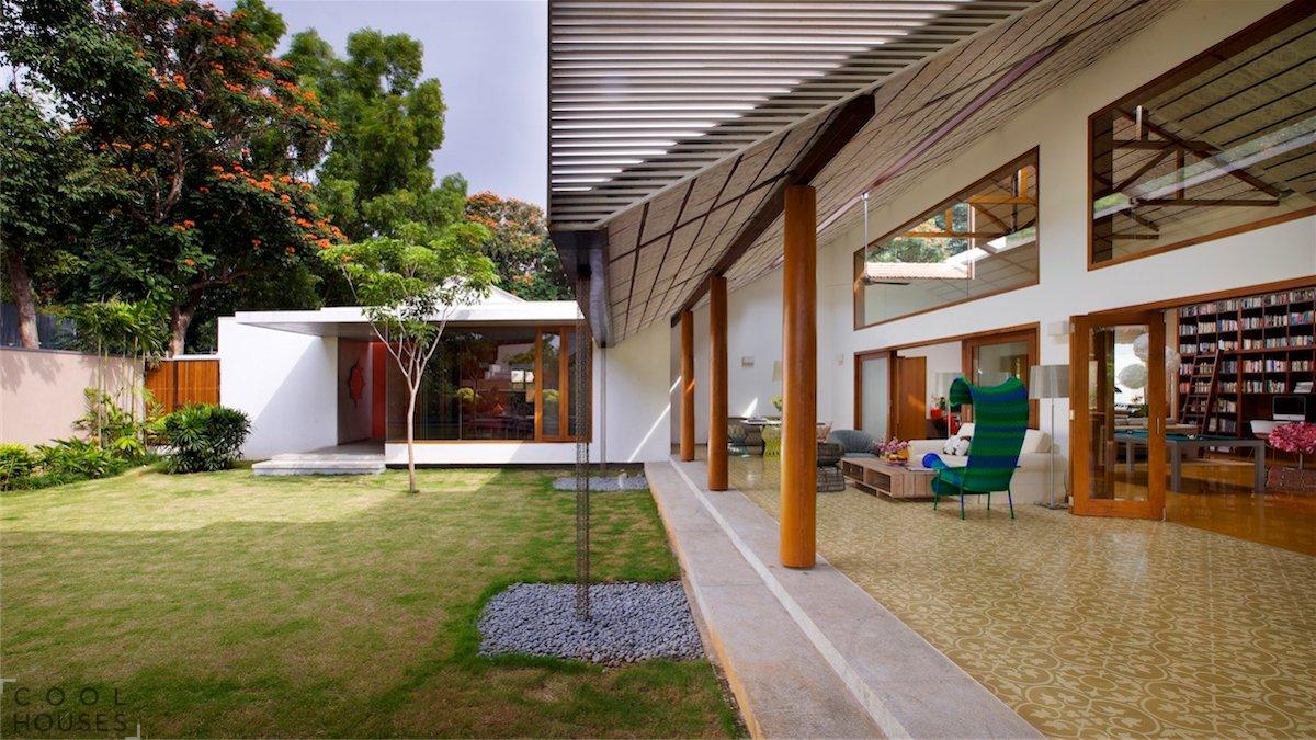 Высокий и уютный загородный дом в Индии