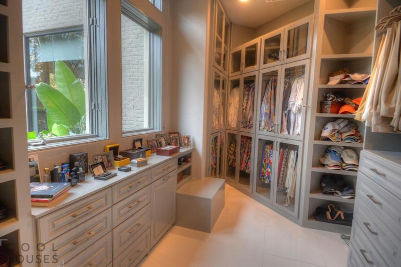 Шикарный особняк с самой большой в США гардеробной