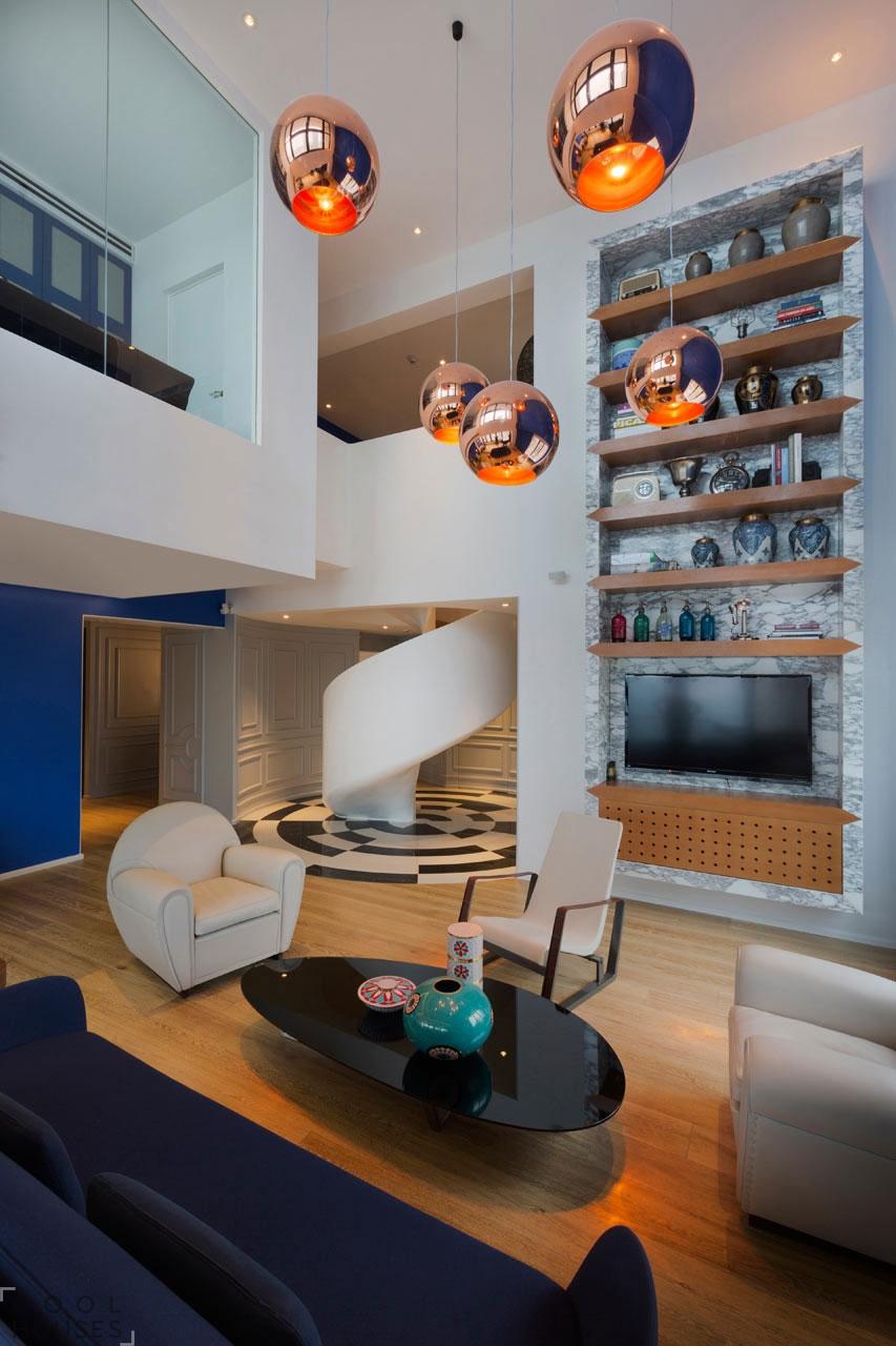 Яркая двухуровневая квартира в Шанхае