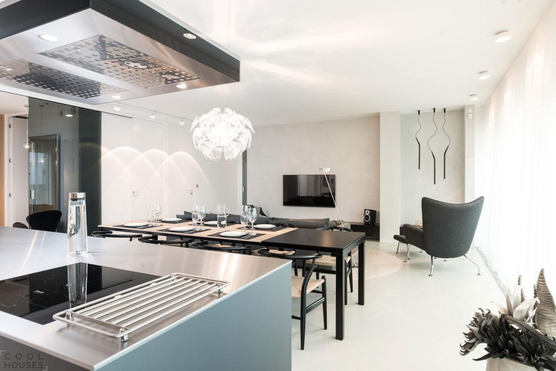 Небольшая современная квартира 12 Lofts в Праге, Чехия