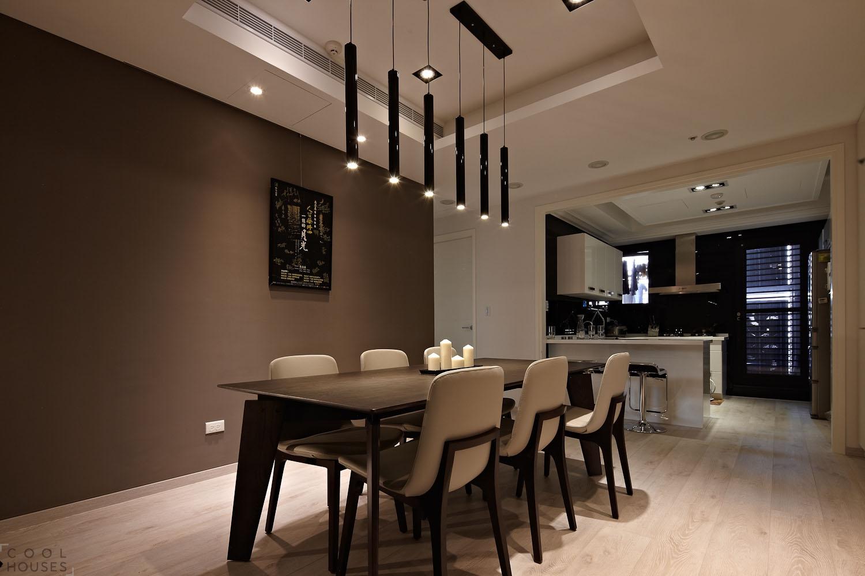 Современная квартира с эффектным индивидуальным интерьером в Тайване