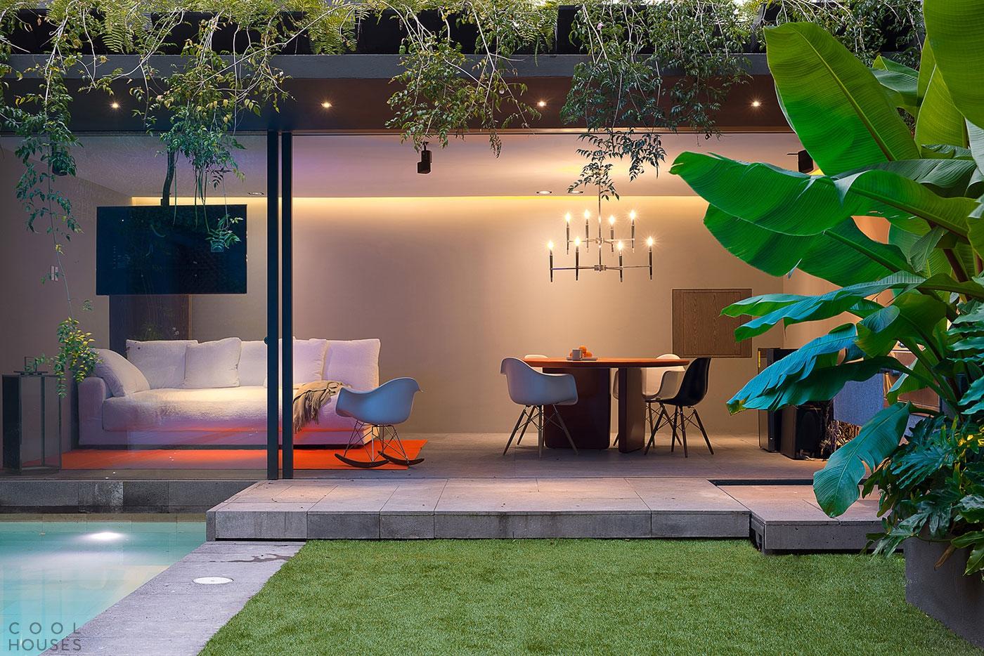 Современный особняк с элегантным интерьером в Мехико, Мексика