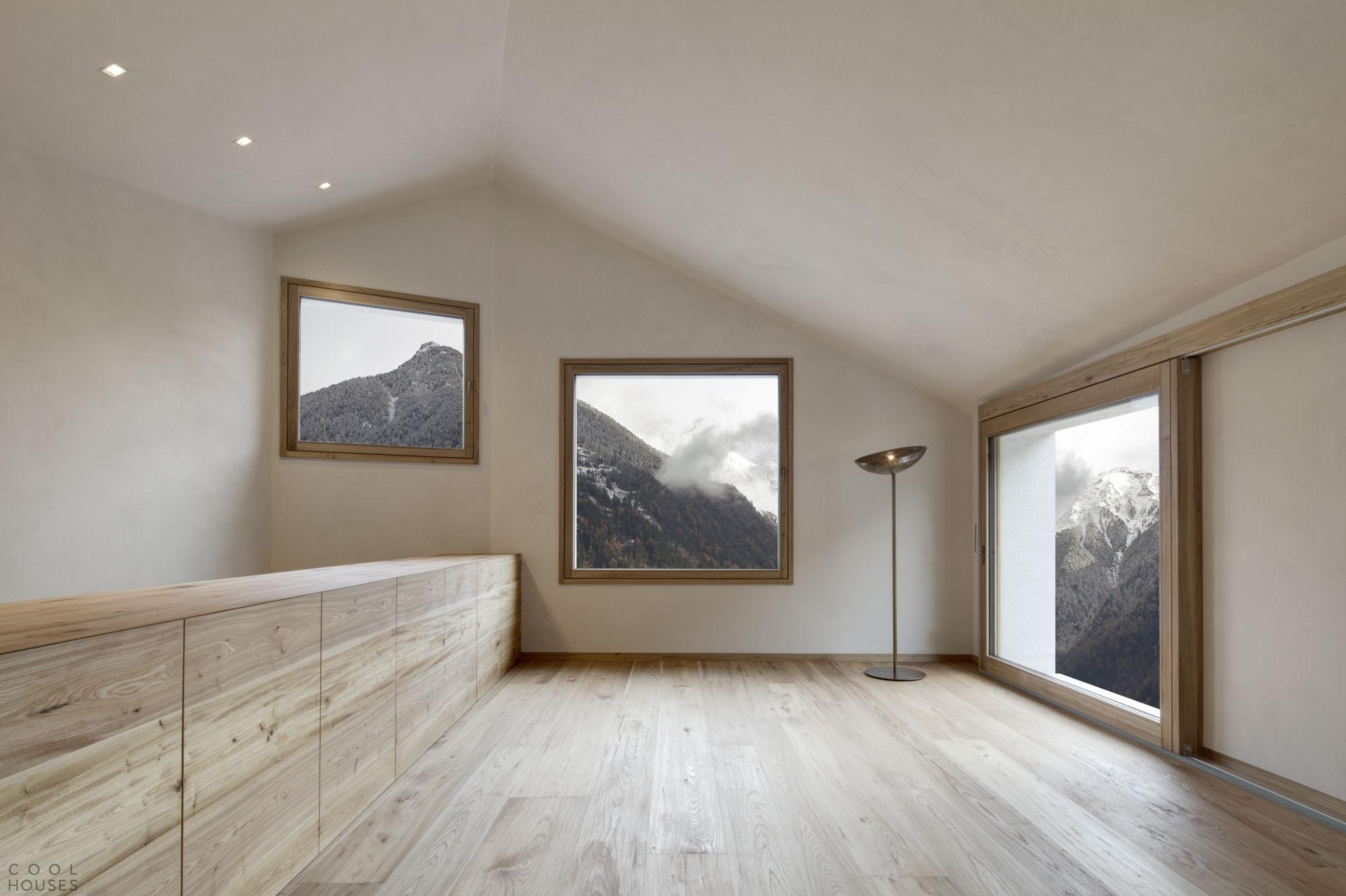 Великолепный частный дом в Альпах, Италия