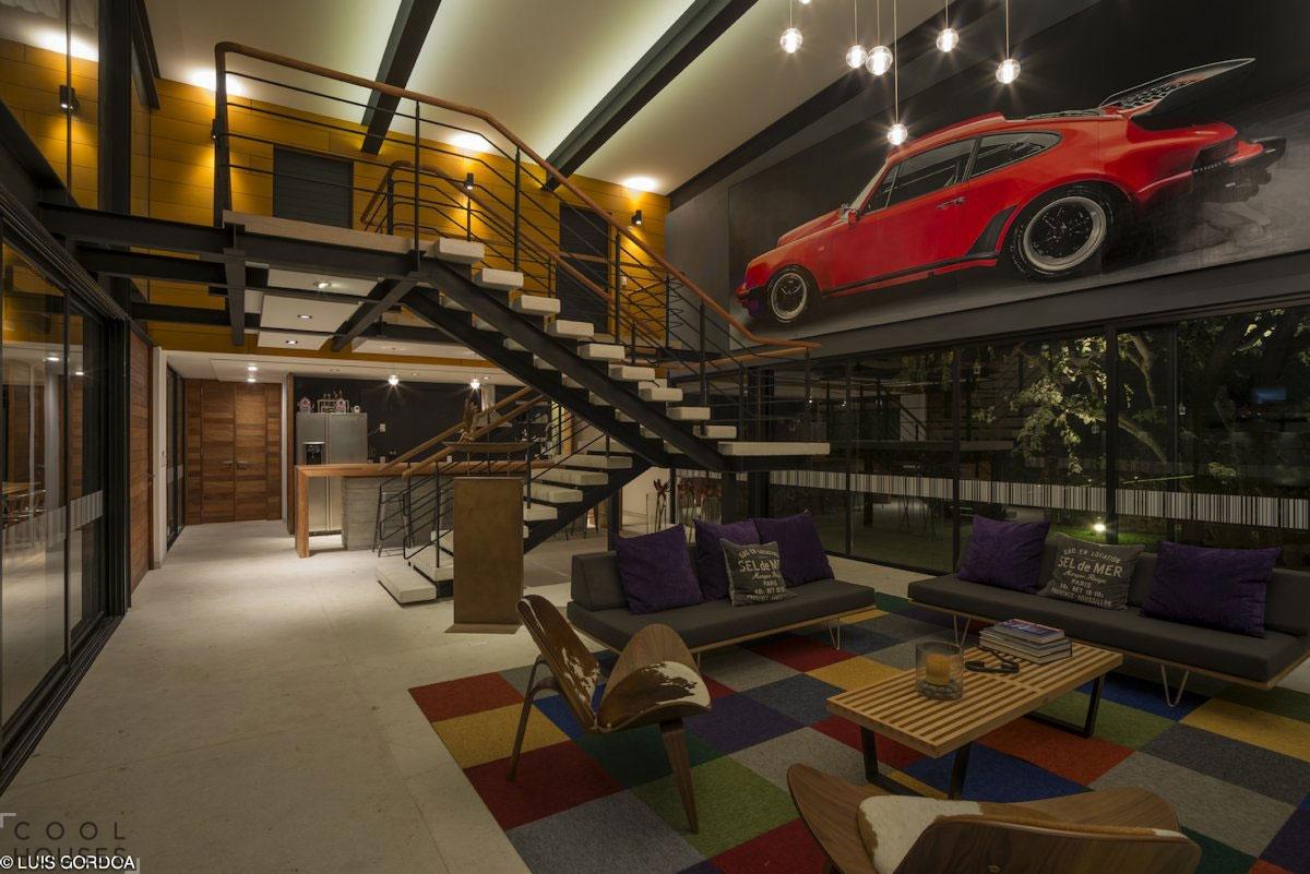 Дом ALD с ярким дизайном от студии SPACE