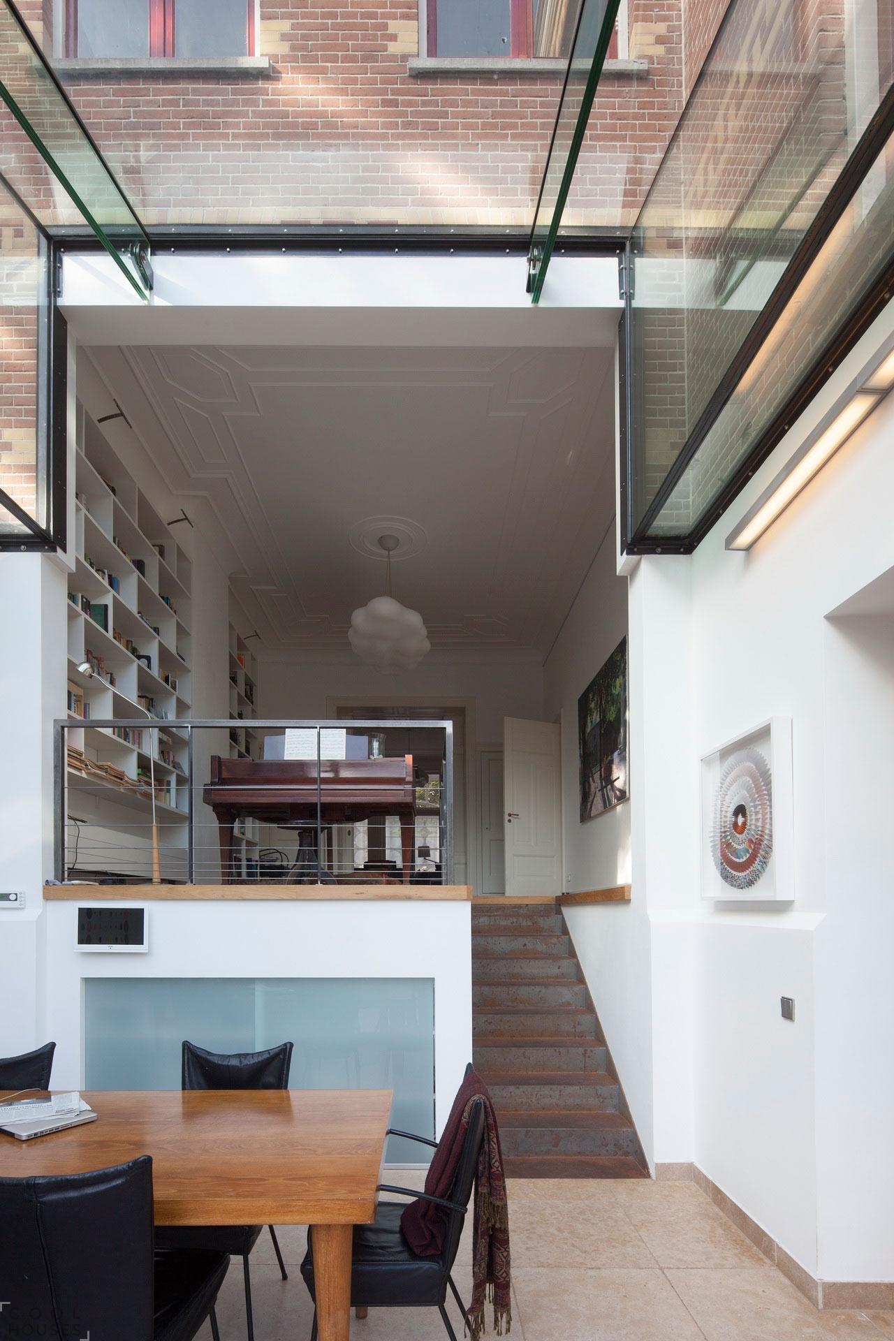 Реставрация старого особняка 19-го века в современный дом