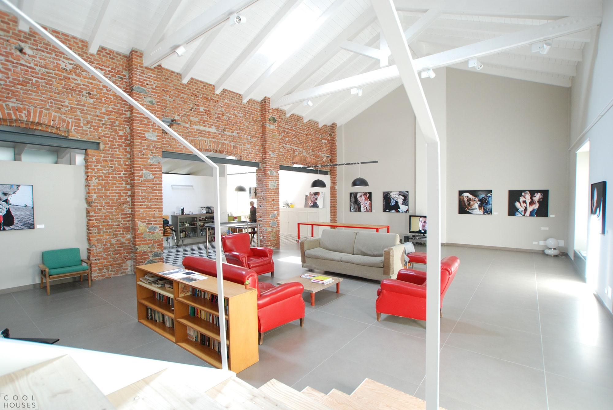 Новая квартира-студия по проекту Leonardo Porcelli