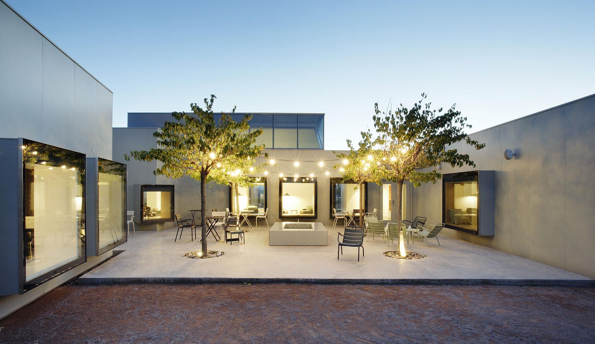 Оригинальный четырехзвездочный отель Aire-de-Bardenas