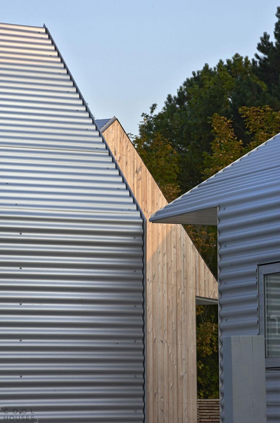 Оригинальный дачный дом от студии JVA