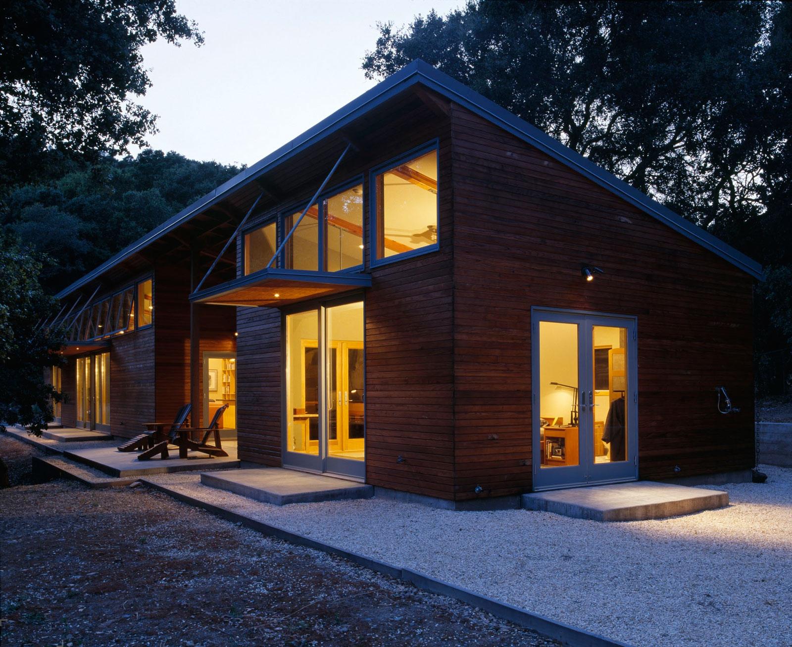 Проект небольшого домика от студии Klopf Architecture