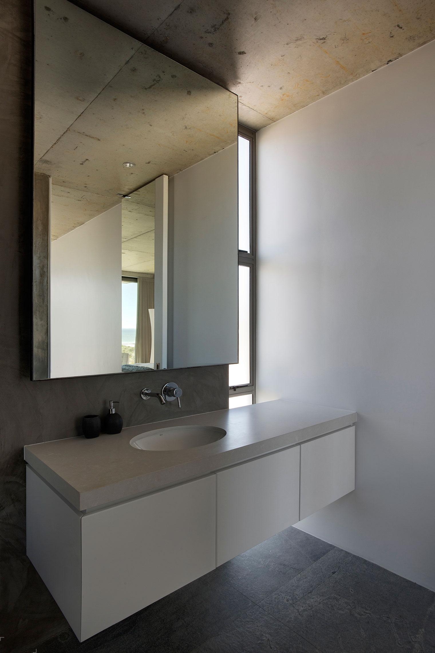 Шикарный дом в Кейптауне - фото от Gavin Maddock Design Studio