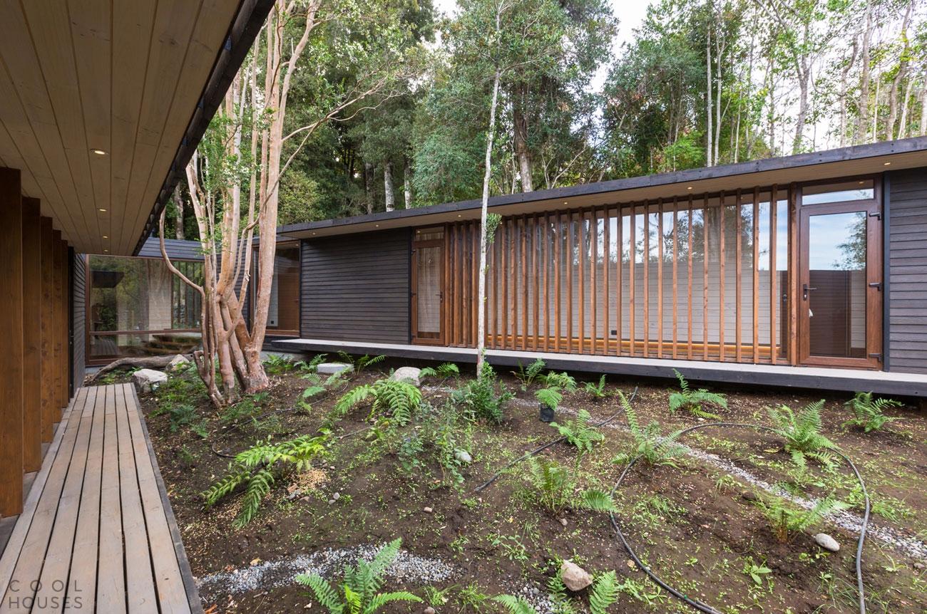 Уютный семейный дом на берегу озера Villarrica в Чили