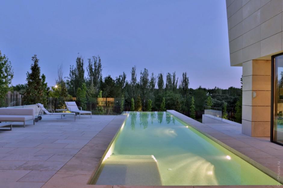 Интересная планировка дома в Испании