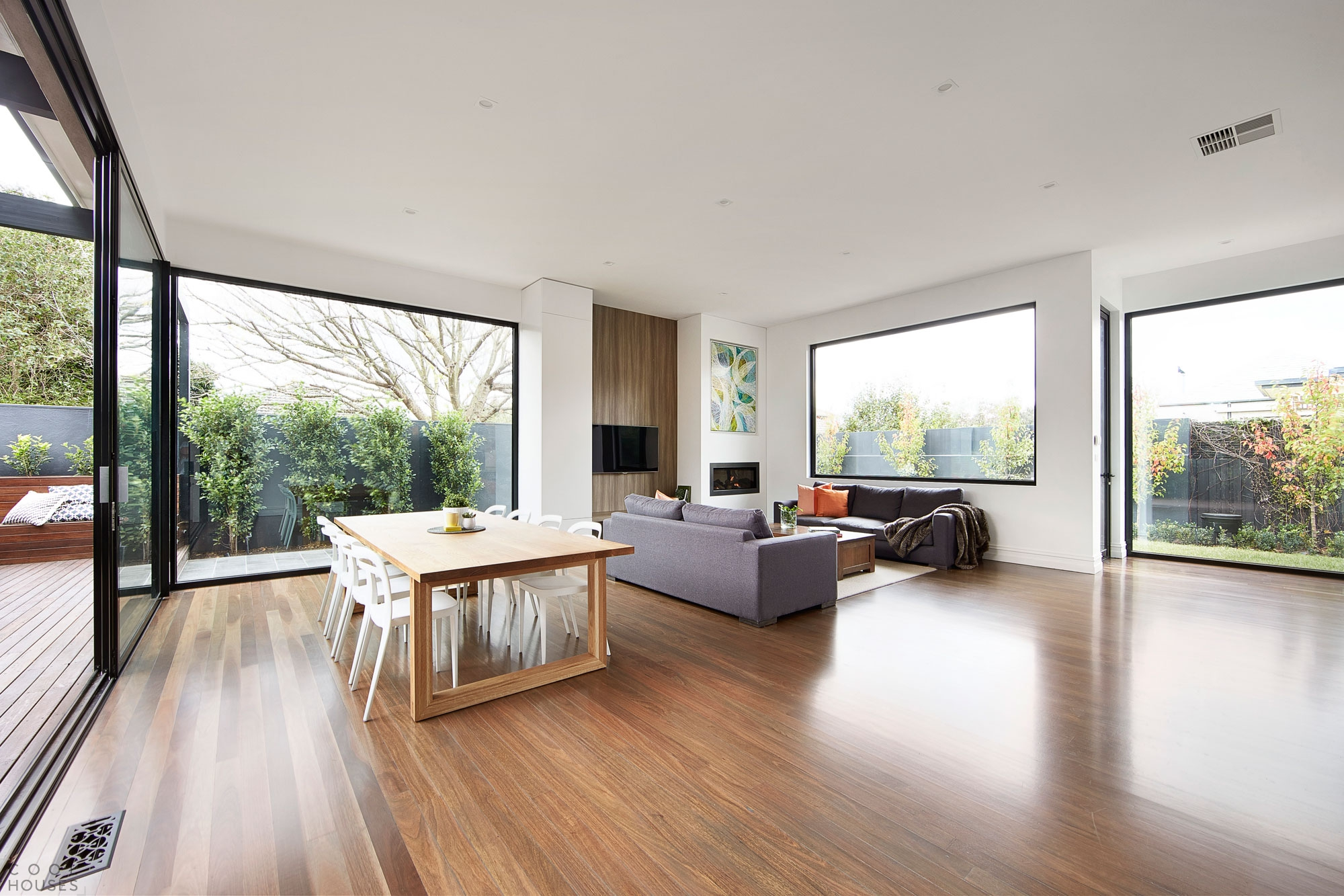 Классический дизайн интерьера в частном доме от студии LSA Architects