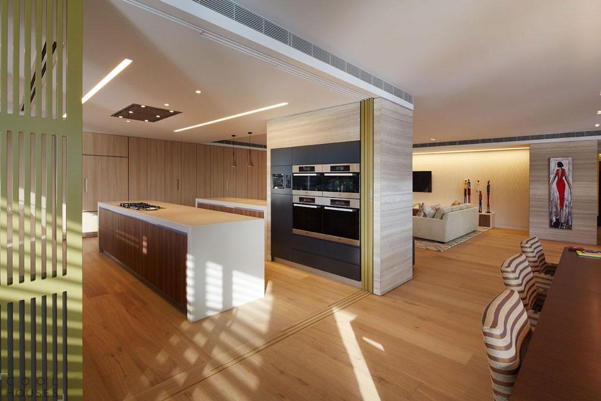 Просторная современная квартира от студии The Quinlan Group