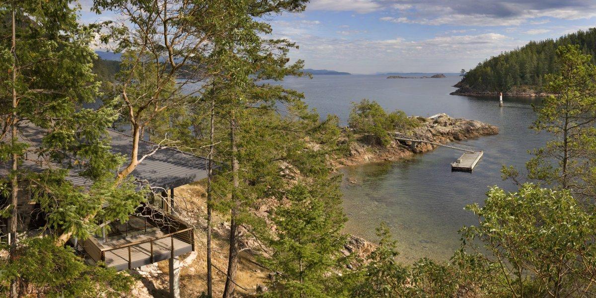 Уютный дом на берегу реки, по проекту студии Balance Associates