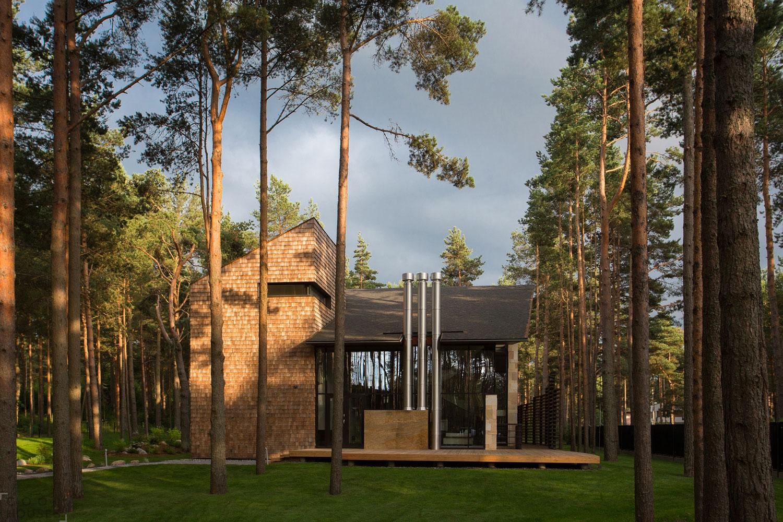 Загородный дом в лесу от студии Arch-D