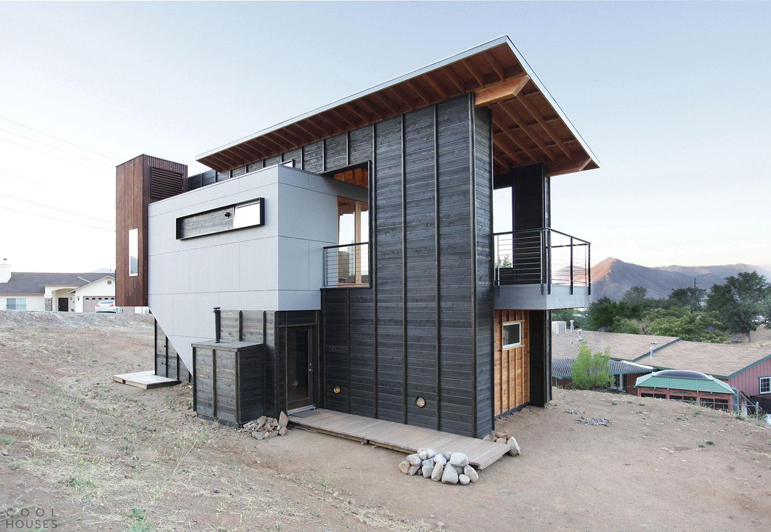 Загородный дом в высокогорной пустыне недалеко от озера Изабелла, США