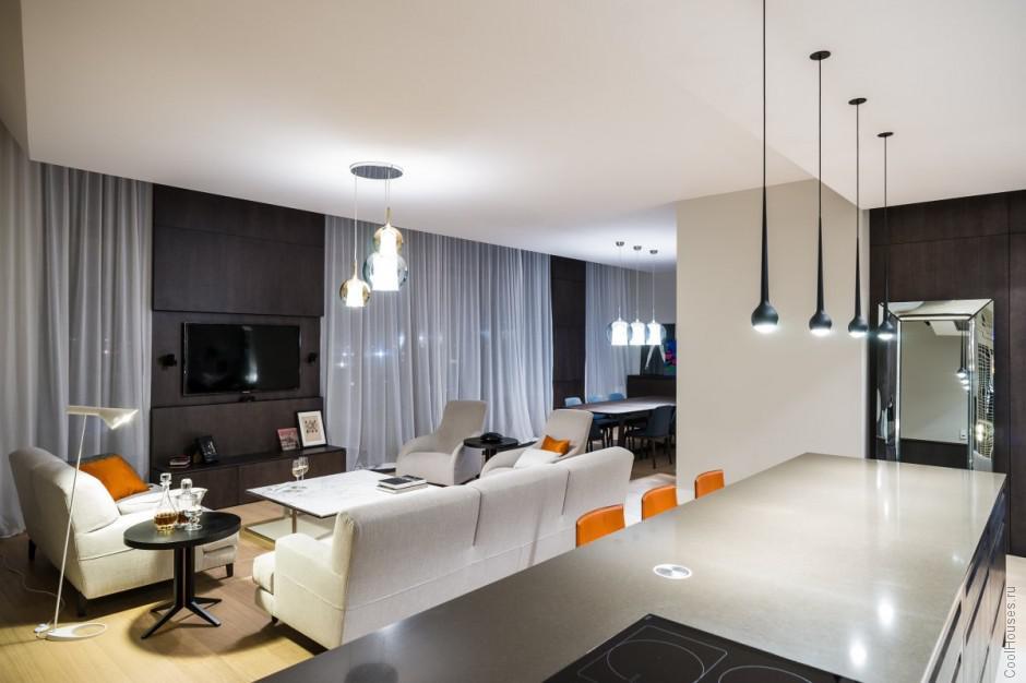 Интерьер гостиной в квартире в Варшаве