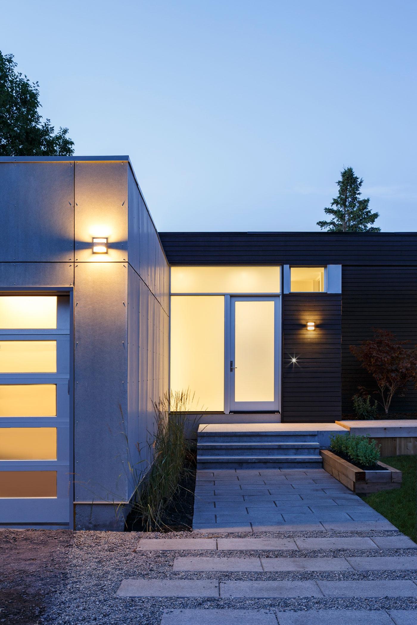 Проект просторного современного дома в Оттаве, Канада