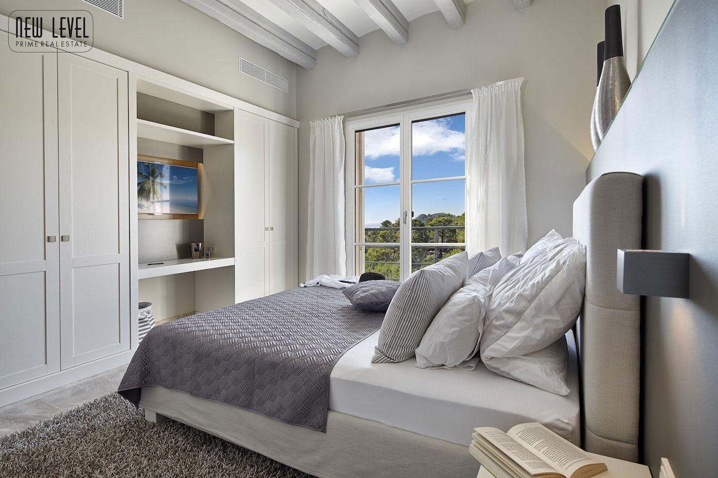 Роскошная вилла класса люкс на острове Майорка