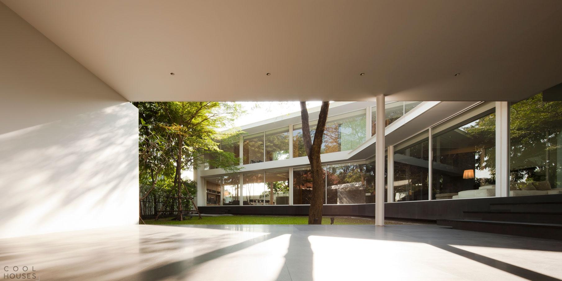 Современная вилла в Таиланде от студии DBALP