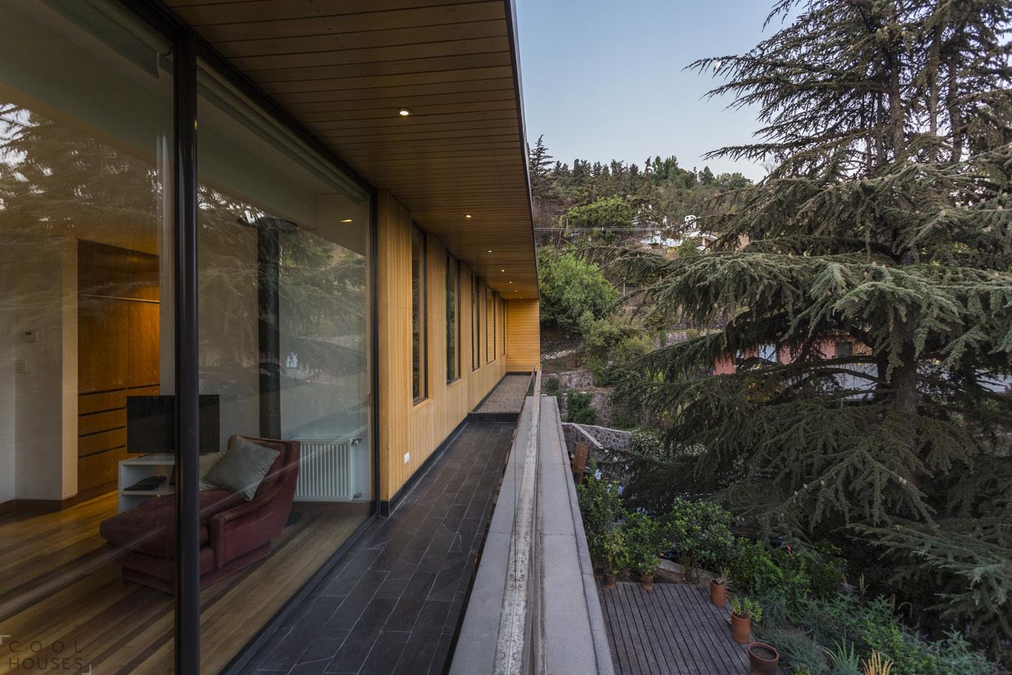 Современный красивый дом в Чили по проекту Nicolas Loi