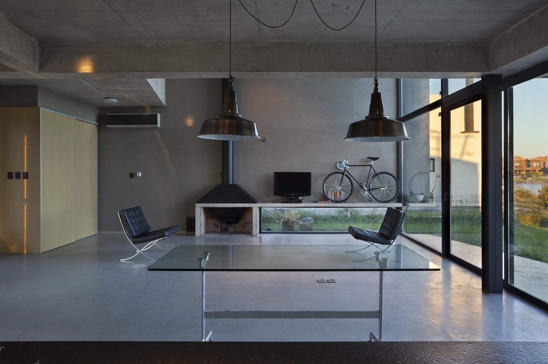Загородный дом с современным интерьером от студии vEstudio