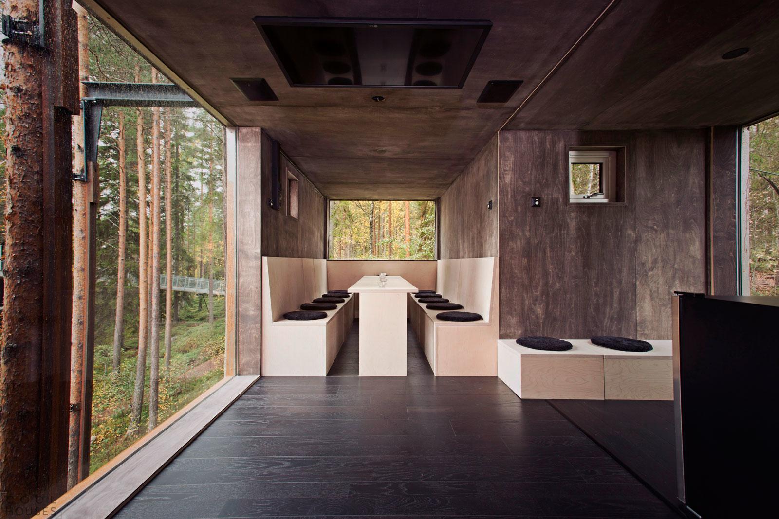 Оригинальный отель Стрекоза в горах на севере Швеции
