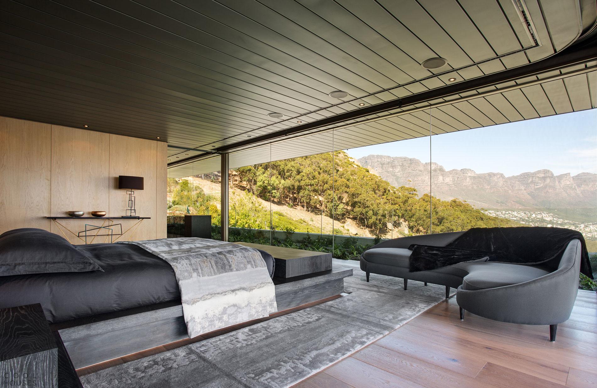 Загородная вилла у подножья горы Львиная Голова в Южной Африке